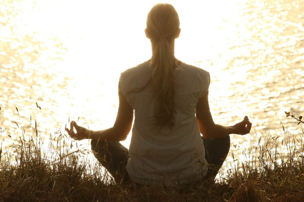 4 Life Hacks to Help You Relax Your Mind