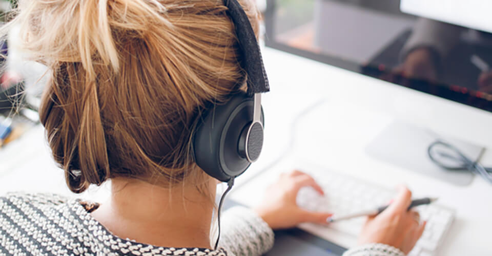 Why You Should Listen Music at Work