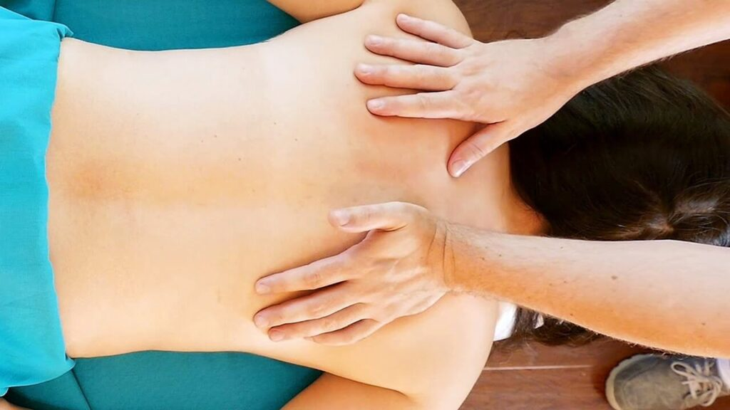 THE BASICS OF GIVING A SIMPLE MASSAGE