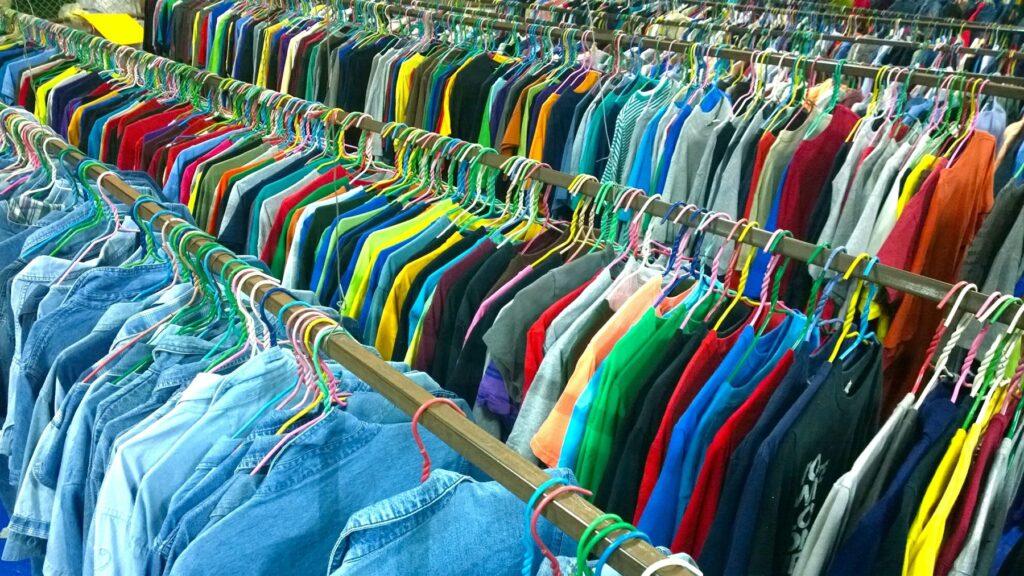 Gildan clothing