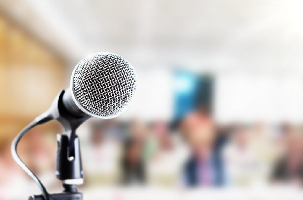 Ways to Avoid the Fear of Public Speaking