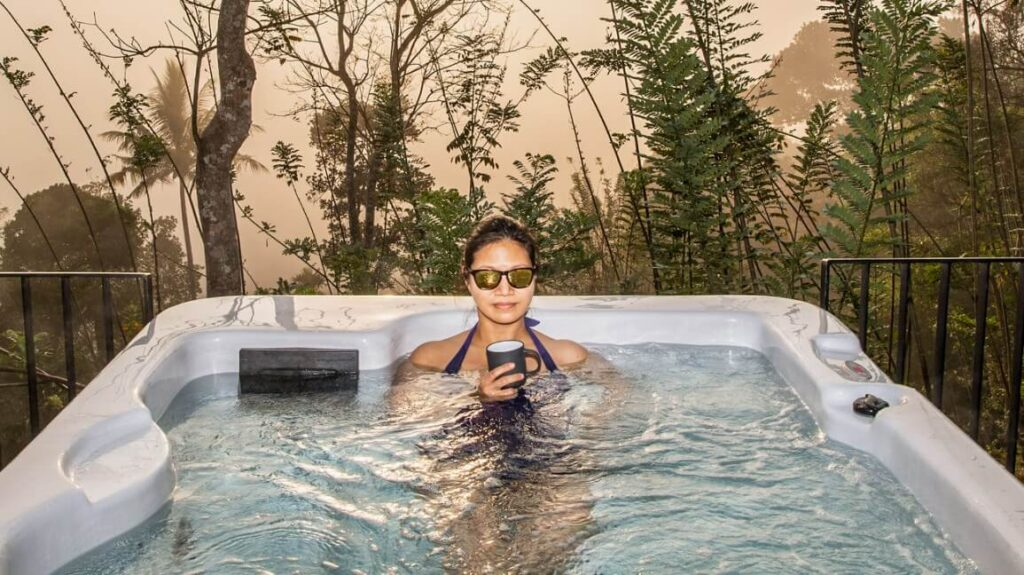 5 Amazing Benefits of Having A Hot Tub At Your Place